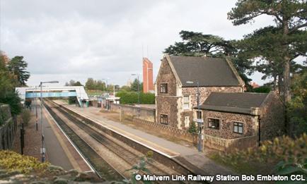 Malvern Link Railway Station by Bob Embleton CCL