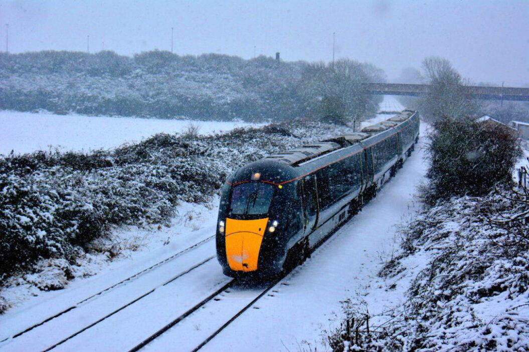 Train 800009 Norton in the snow