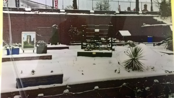 Evesham Station garden